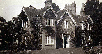 The Vicarage about 1920 [X21/758/3]